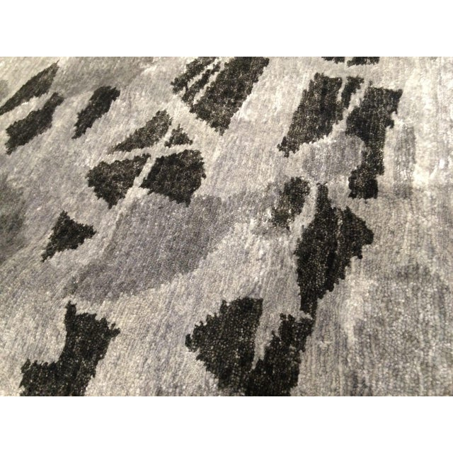 Pasargad Ny Persian Hand Knotted Wool Light Blue Ivory: Pasargad NY Hand-Knotted Modern Gray Silk Rug
