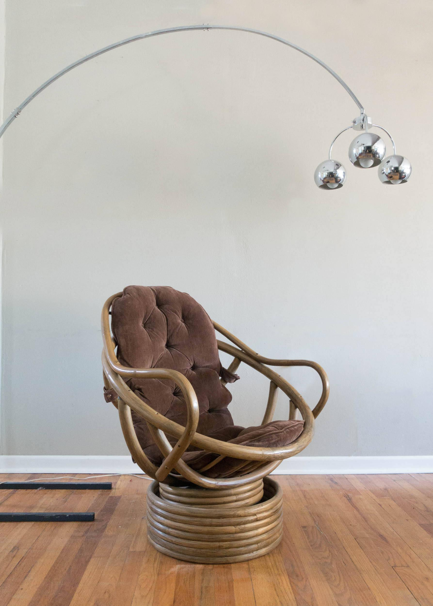Vintage Rattan Swivel Chair   Image 6 Of 6