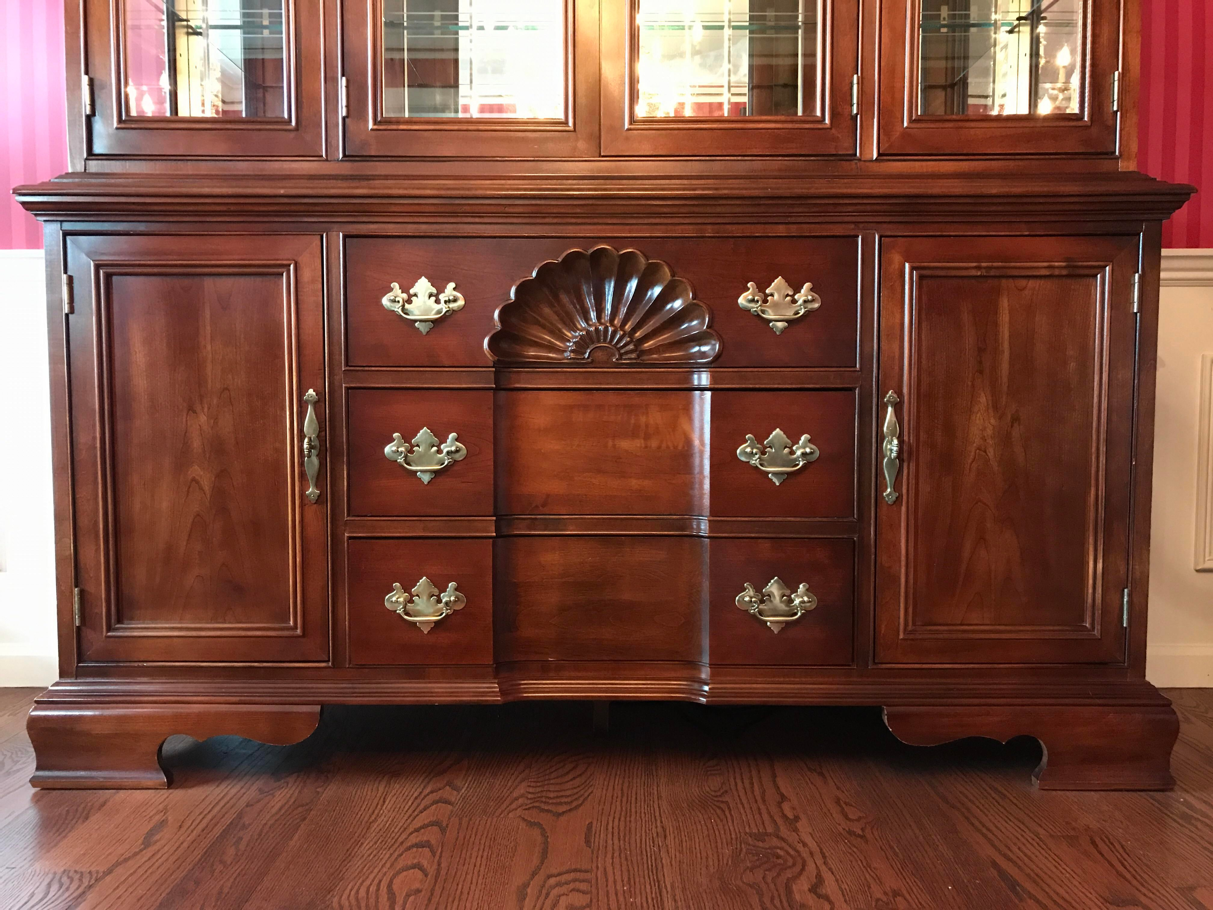 Exceptional American Drew China Cabinet   Image 4 Of 11