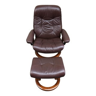 Ekornes Stressless Consul Lounge Chair & Ottoman
