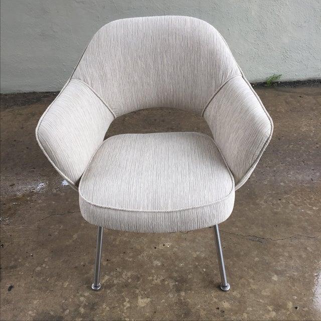 Knoll Eero Saarinen Executive Armchair - Image 2 of 9