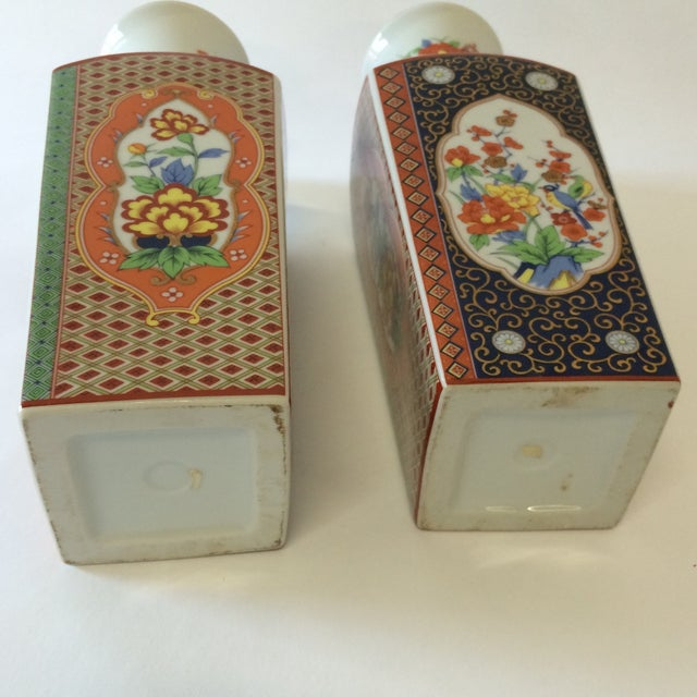 Chinoiserie Style Square Vases - A Pair - Image 6 of 10