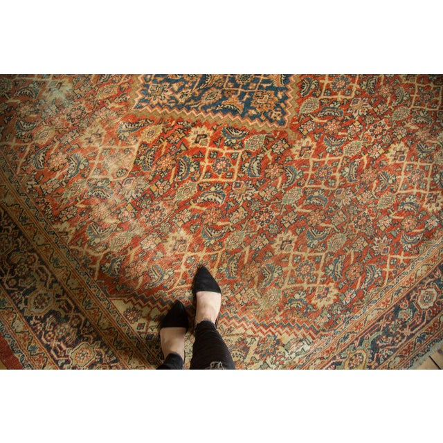 "Antique Mahal Square Carpet - 9'11"" x 9'8"" - Image 2 of 10"