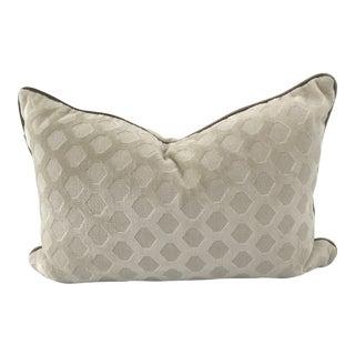 Tone-on-Tone Contrast Velvet Welt Hexagonal Velvet Pillow