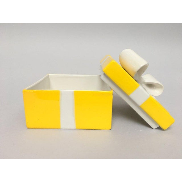 Mancioli Italy Yellow Porcelain Covered Gift Box - Image 6 of 11