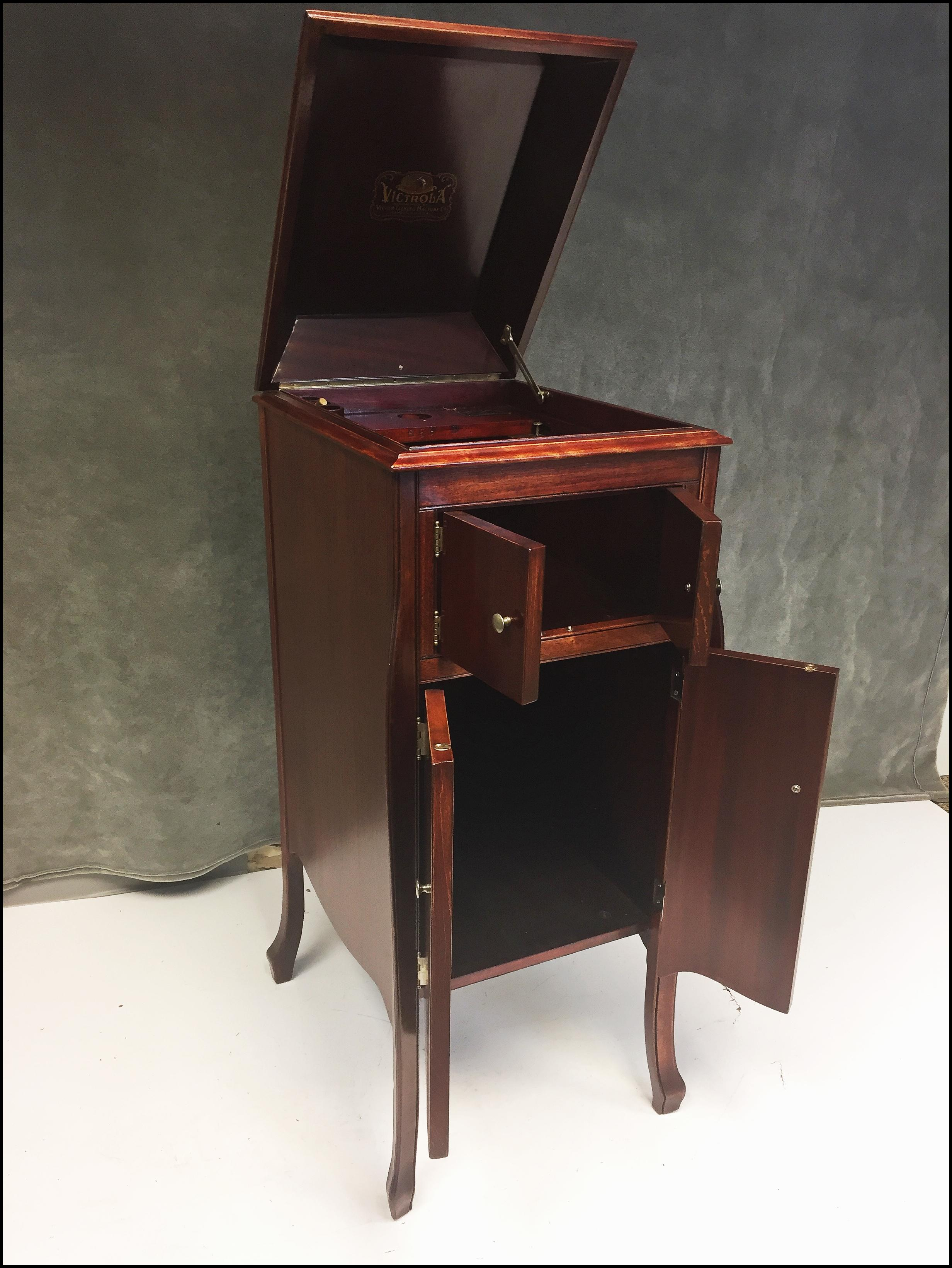 Antique Victrola Wood Record Player Cabinet   Image 5 Of 11