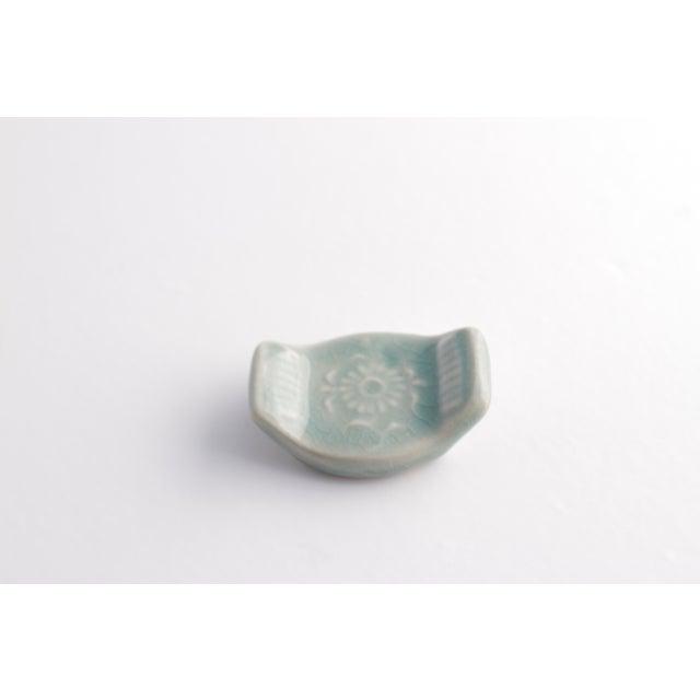 Vintage Asian Ceramic Celadon Chopstick Rests in Box - Set of 6 - Image 7 of 10