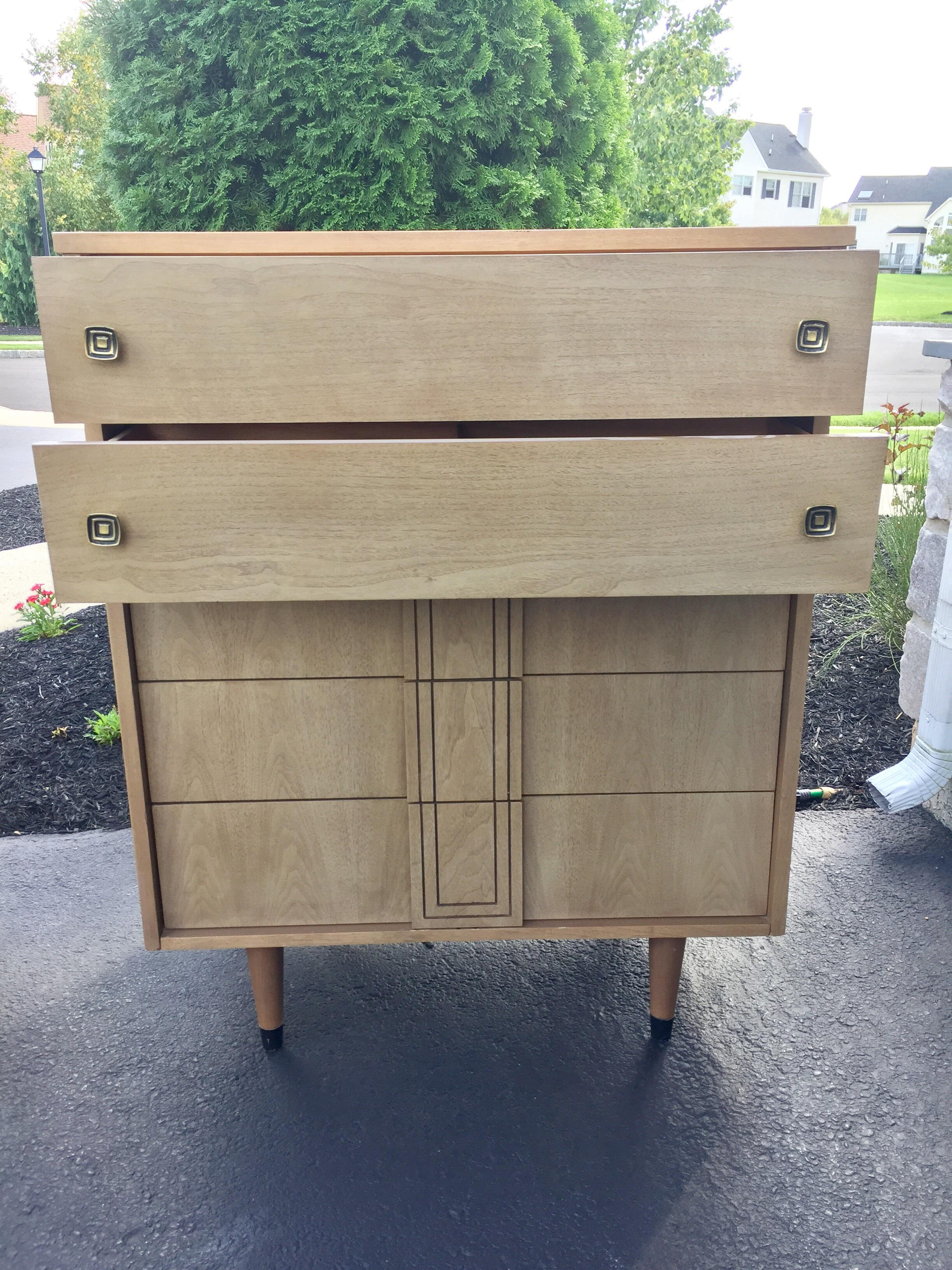Mid Century Mod Distinctive Furniture By Stanley   Image 3 Of 8