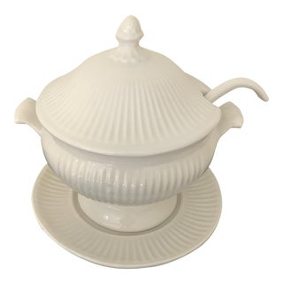 Ivory Ribbed Ceramic Soup Tureen
