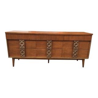 Vintage Bassett Mid-Century Modern Walnut Dresser