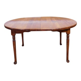 Classic Colonial Style Knotty Pine Oval Dining Table