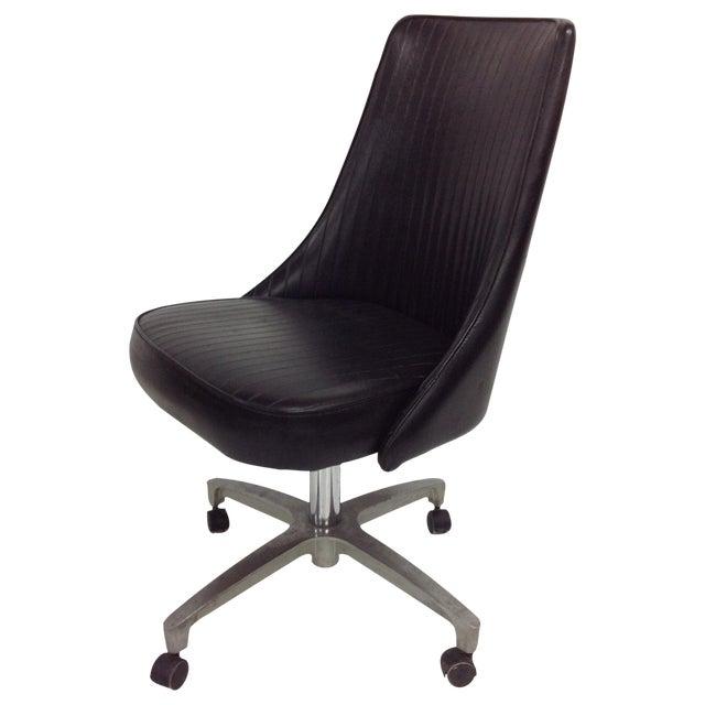 Chromcraft Sculptura Chair On Black Casters