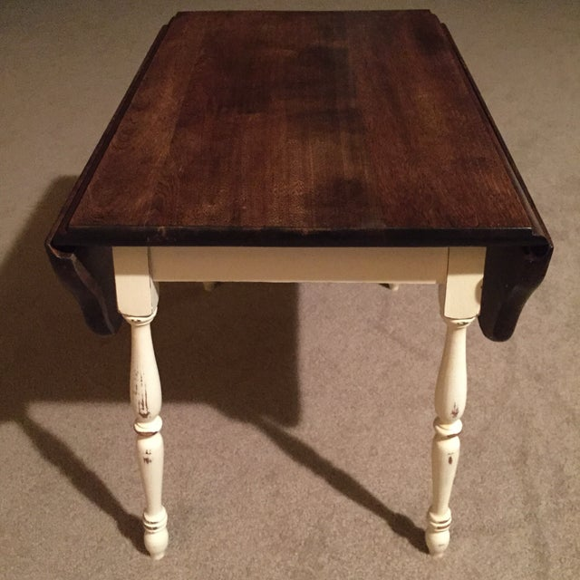 27 Eclectic Farmhouse Decor Family Rooms Coffee Tables 61: Farmhouse Style Vintage Drop Leaf Side Table
