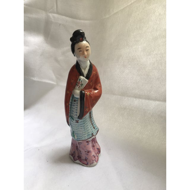 Antique Chinese Famille Rose Woman Holding Fan Figurine - Image 3 of 7