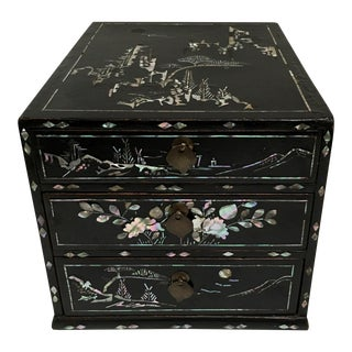 Asian Black Lacquer & Inlaid Mother of Pearl Jewelry Chest