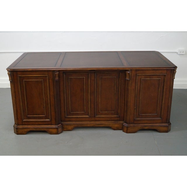 Hooker Leather Top Executive Desk - Image 4 of 10