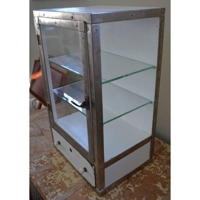 Barber Shop Cabinet With Glass Sides & Shelves - Image 3 of 10