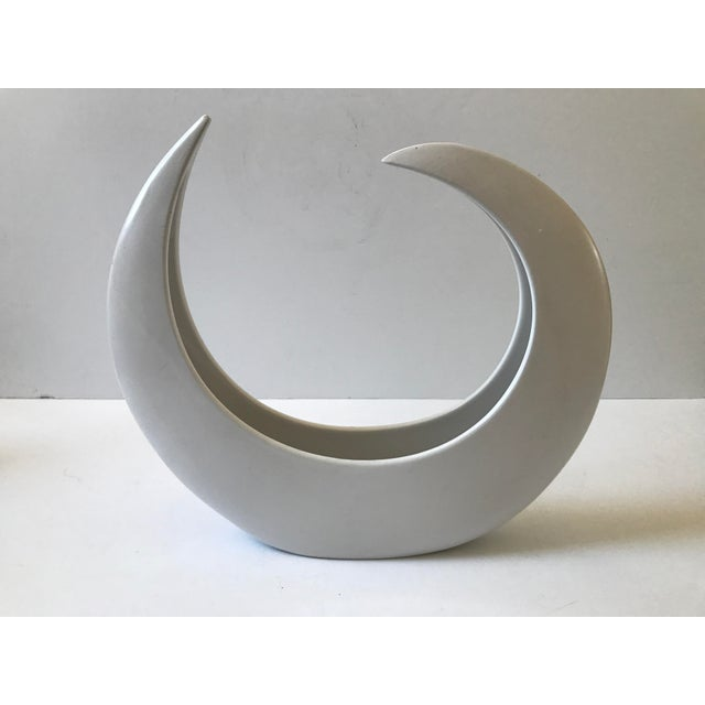 White Crescent Shaped Vessel - Image 8 of 8