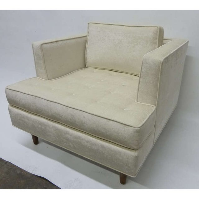 Image of Stylish Club Chairs With Tufted Seat - Pair