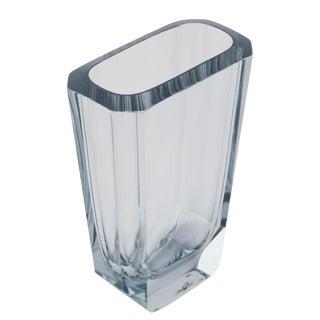 LARGE OCTAGONAL STROMBERGSHYTTAN BLOWN AND CUT GLASS VASE, CIRCA 1950S