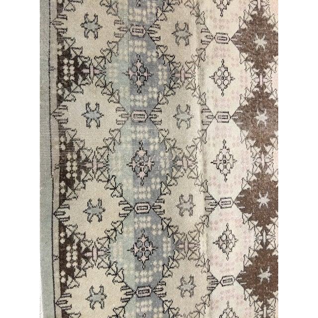 """Vintage Turkish Zeki Muren Rug - 5'1""""x11' - Image 4 of 9"""