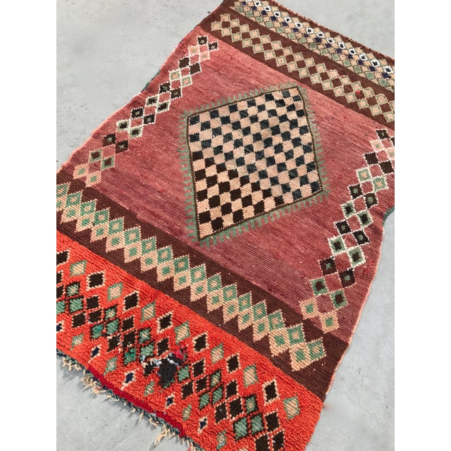 "Vintage Moroccan Boujad Rug - 4'9"" x 8'2"" - Image 3 of 7"