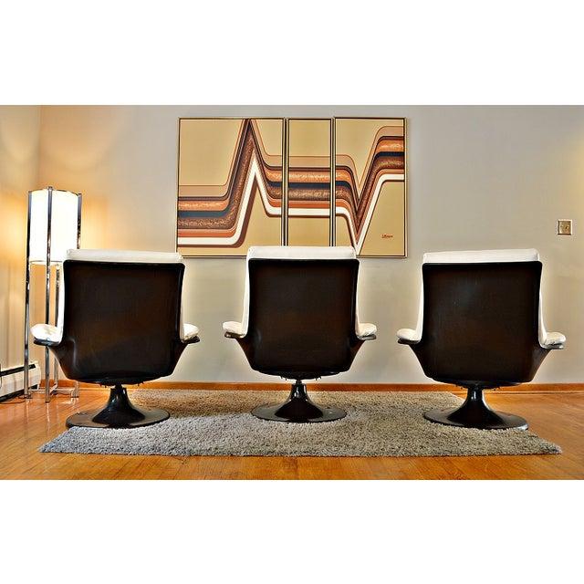 Decorian Swivel Tulip Base Chairs - Set of 3 - Image 5 of 11