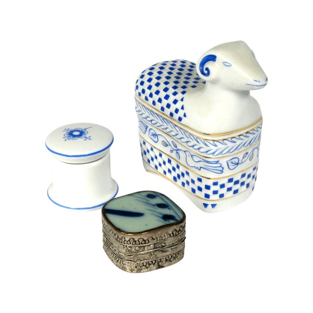 Blue and White Boxes - S/3 - Image 1 of 3