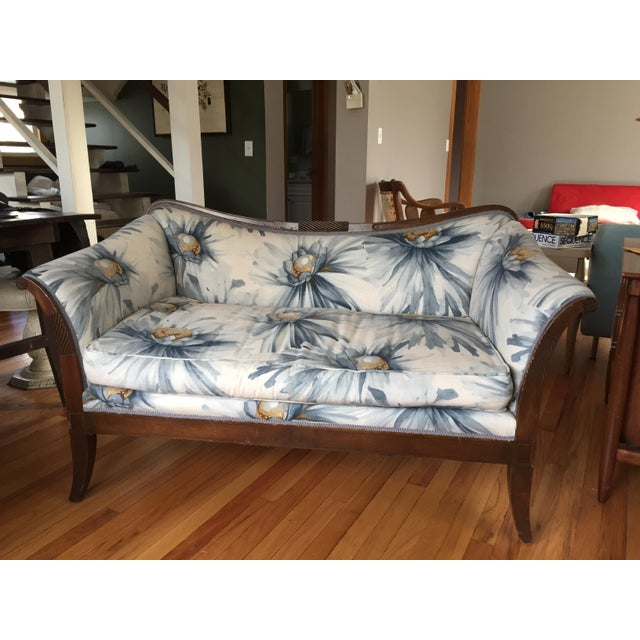 Traditional Settees with Floral Upholstery - A Pair - Image 8 of 10