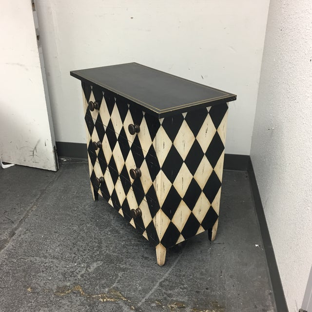Diamond Motif 3 Drawer Dresser - Image 3 of 6