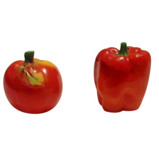 Vintage Tomato & Red Pepper Shakers