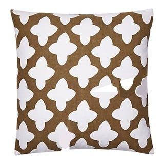 Moda in Brown Pillow