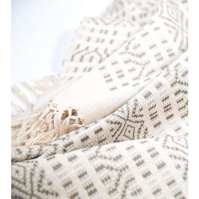Image of Ecru And Cream Handwoven Chiapas Throw