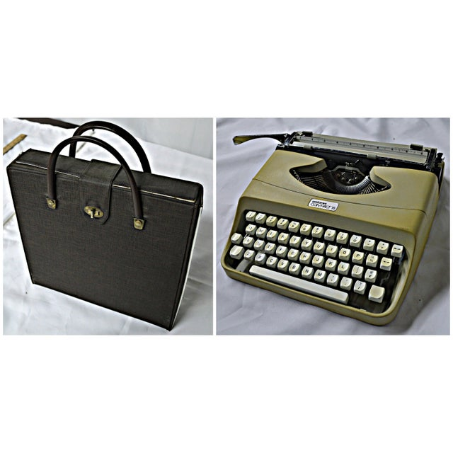 Italian Typewriter With Portable Case - Image 3 of 10