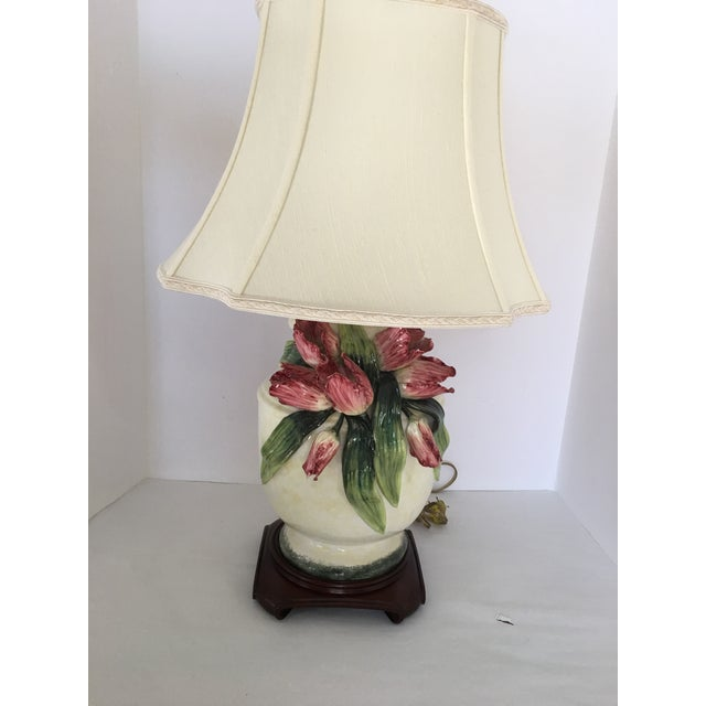 Anne Vosseller Porcelain Ginger Jar Parrot Tulip Barbotine Lamp - a Pair - Image 5 of 11