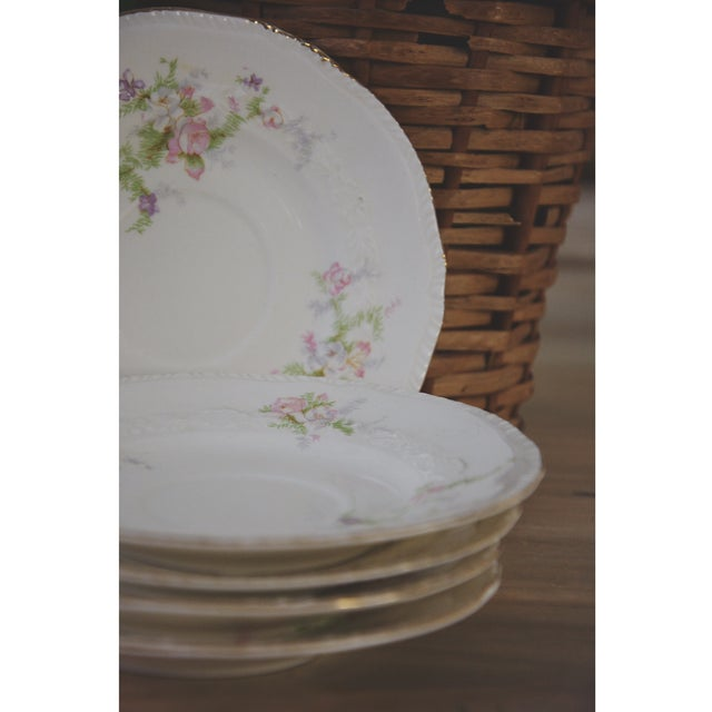 Image of Vintage Cottage Plates - Set of 5