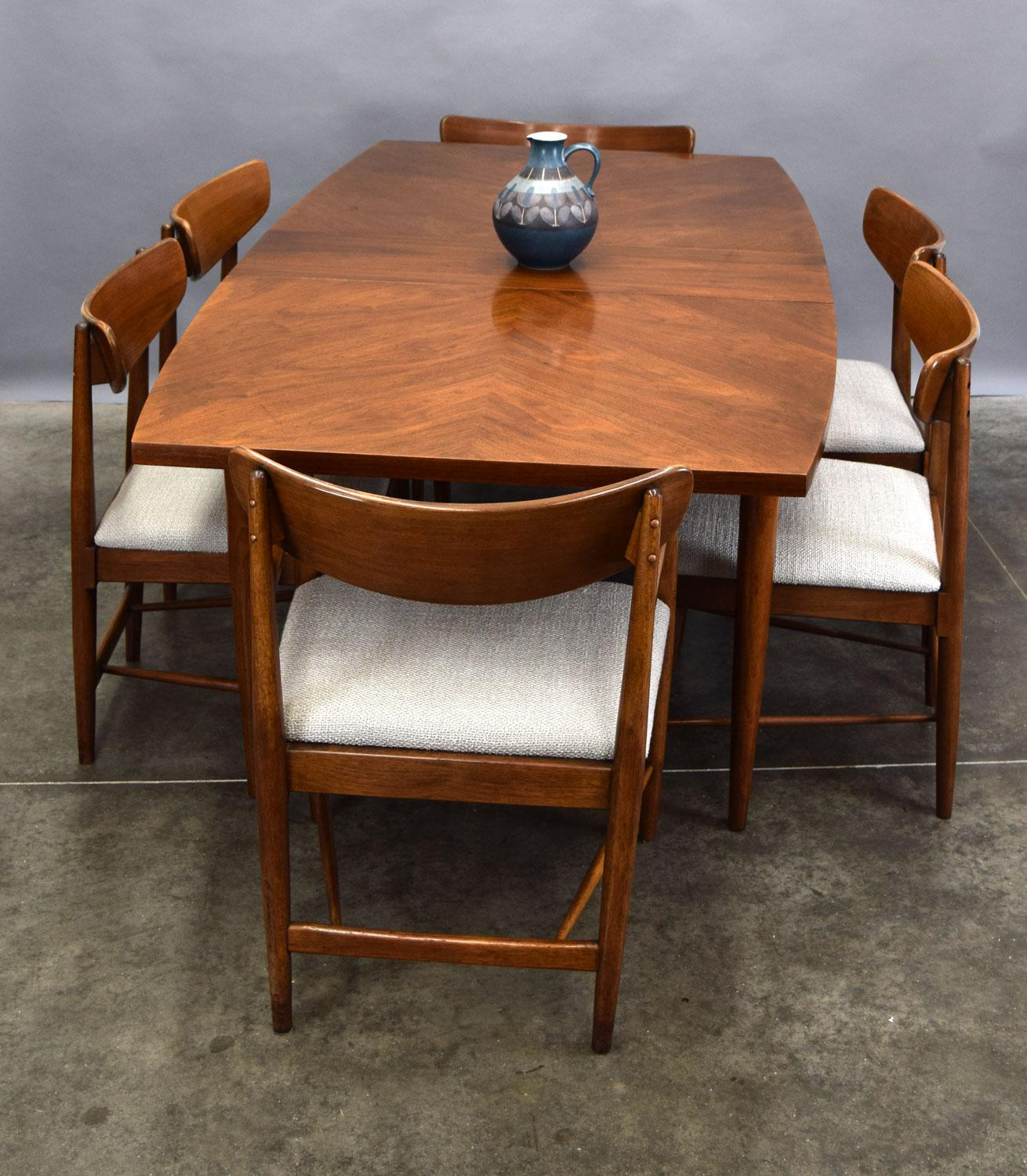 American Of Martinsville U0027Daniau0027 Walnut Dining Table   With Leaves   Image  ...