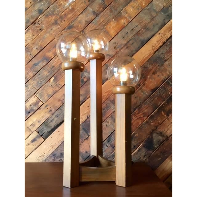 Vintage 1970s Cascading Walnut Table Lamp - Image 5 of 6