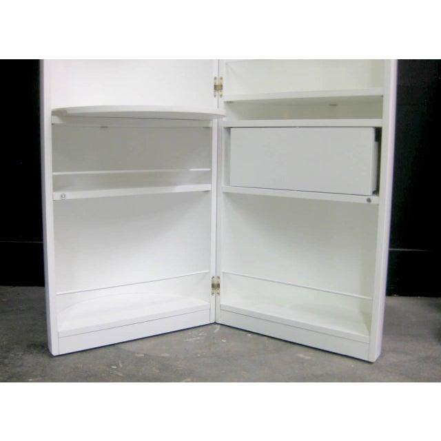 White Lacquer Cylindrical Folding Bar - Image 5 of 10