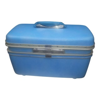 Vintage Blue Train Case by Samsonite