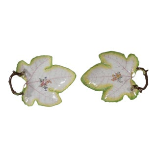 Chelsea Porcelain of Trompe l'Oeil Grape Leaf Dishes - a Pair