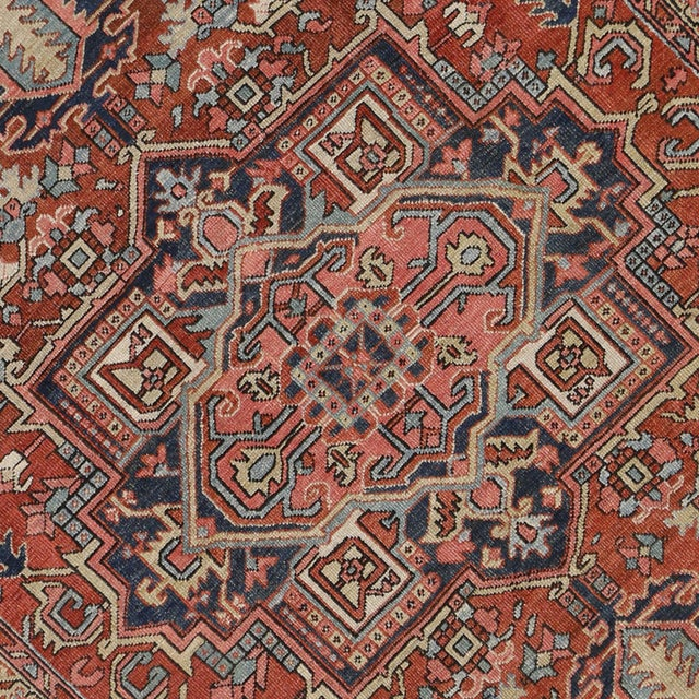 "Antique Persian Heriz Rug - 8' x 10'1"" - Image 4 of 7"