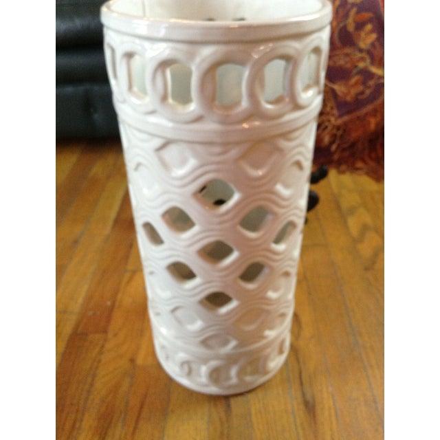 White Ceramic Umbrella Stand - Image 11 of 11