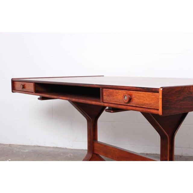 Desk by Gianfranco Frattini for Bernini - Image 3 of 10