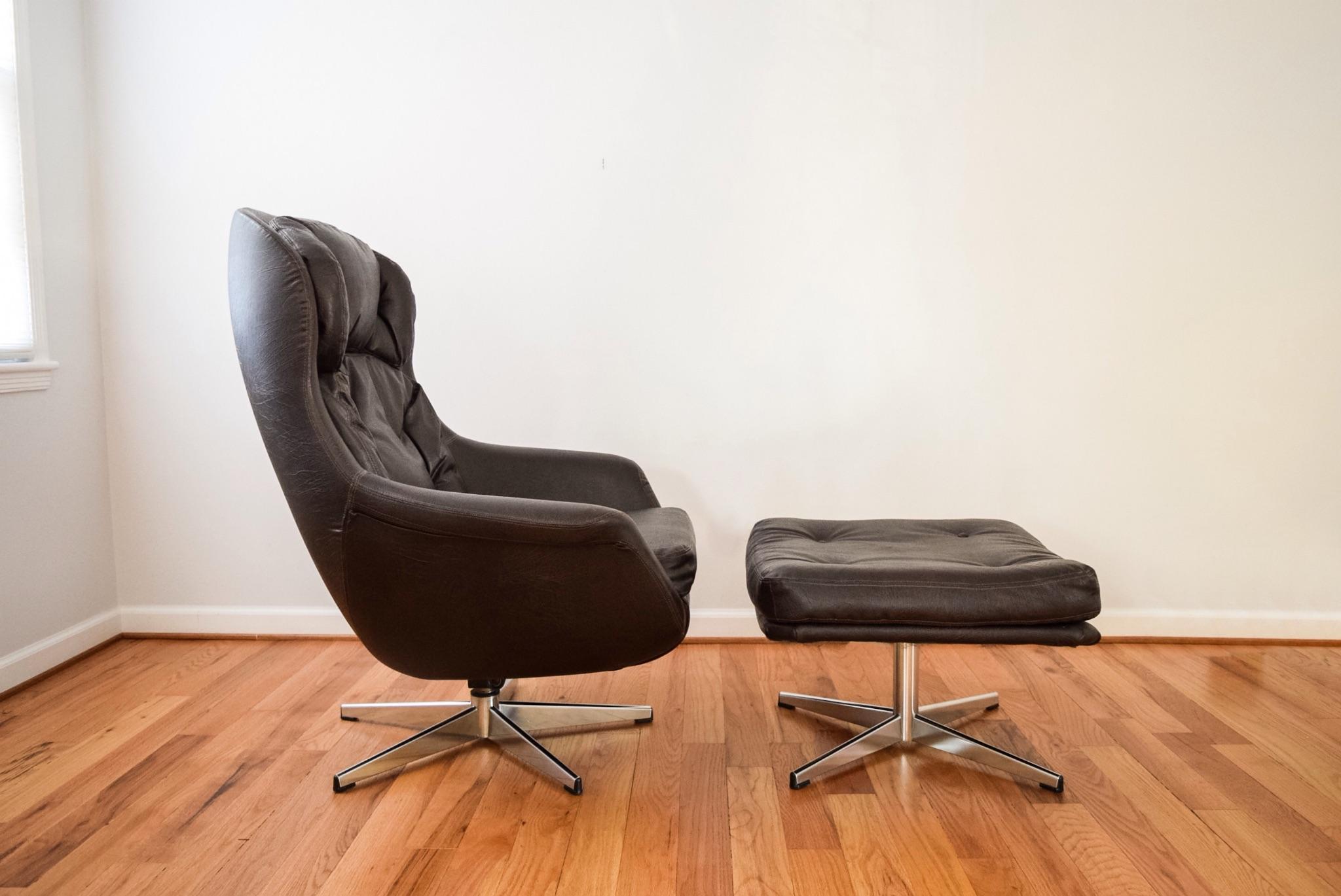 Mid Century Selig Egg Lounge Chair U0026 Ottoman   Image 4 Of 10