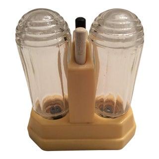 Vintage 1930s Art Deco Bakelite Salt & Pepper Shakers - A Pair