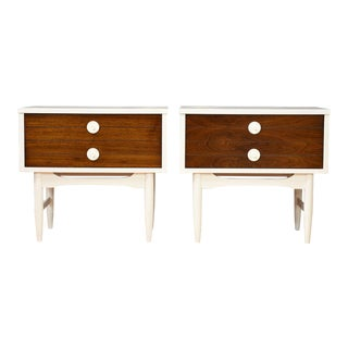 Mid-Century Modern-style Nightstands - a Pair