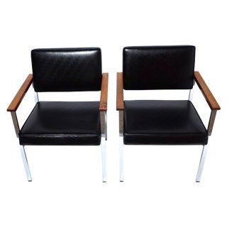 Knoll 900 Executive Art Metal Inc Chairs - a Pair
