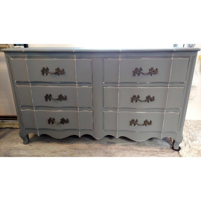 Vintage Refinished French Provincial Dresser - Image 2 of 5