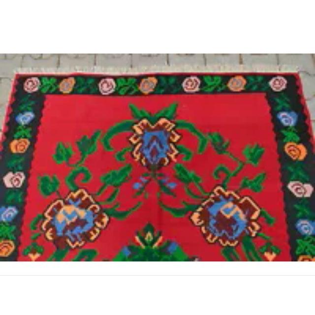 Image of Turkish Hand-Woven Wool Kilim Rug - 5′3″ × 7′5″